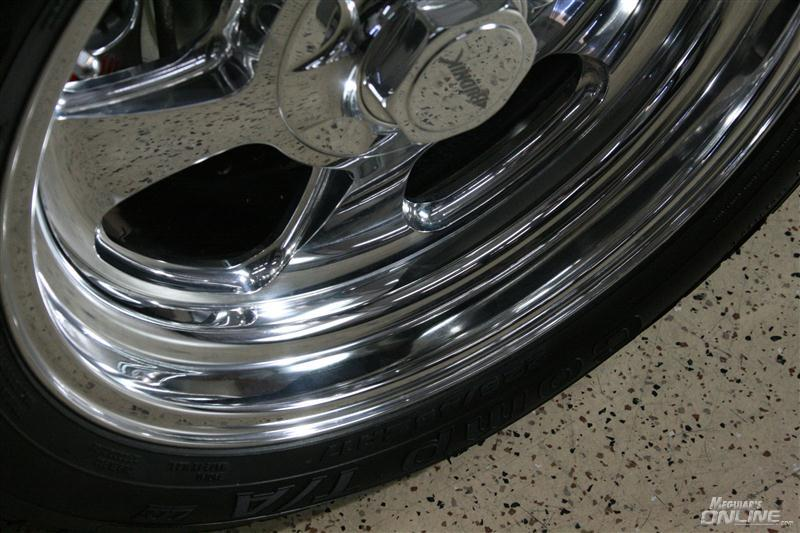 Re Chrome Rims >> Hot Rims Chrome Wheel Cleaner